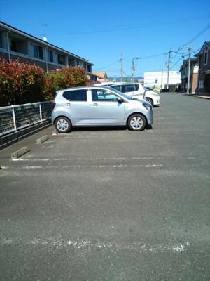 【駐車場】カーサ・フィオーレA