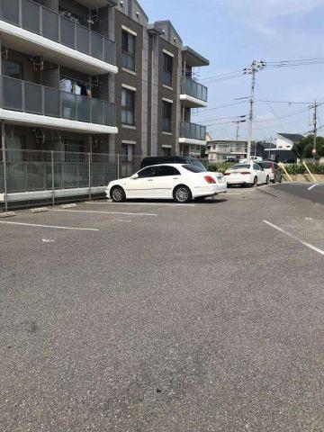 【駐車場】レヴェール稗田