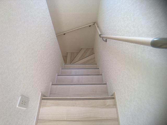 階段手摺同一タイプです。
