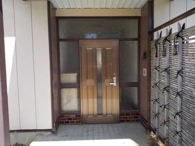【玄関】藤岡市藤岡 中古戸建住宅