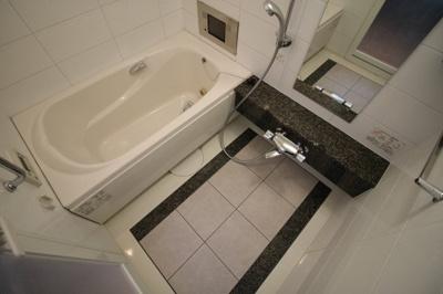 【浴室】ビオール大阪大手前タワー