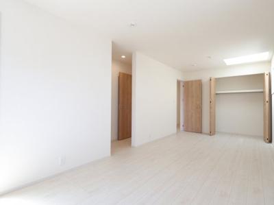 大きなスペースがあり、収納には困りません 吉川新築ナビで検索