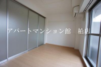★明るい洋室