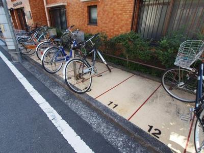 専用駐輪場ございます。