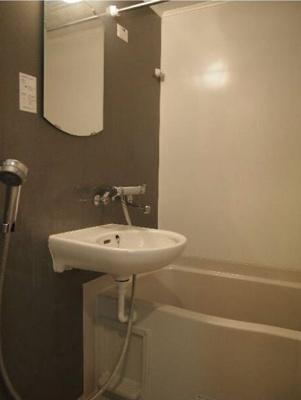 浴室乾燥機付★人気のバス・トイレ別★