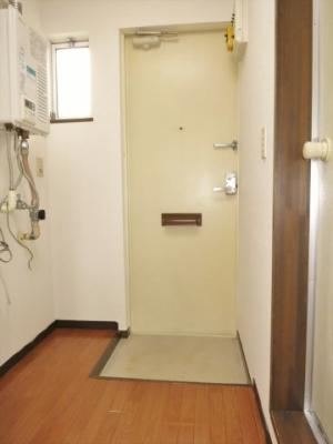 【玄関】ホワイトコーポK