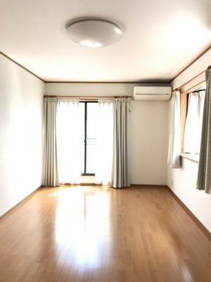 1,2階各部屋は全室南面採光です