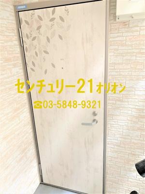 【玄関】クラッセ練馬III-2F