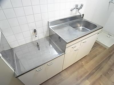 【キッチン】メゾンルポ