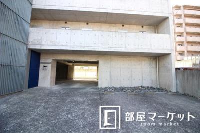 【駐車場】CELL