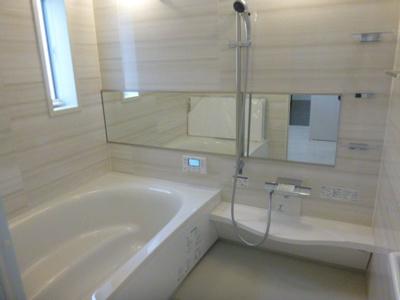 【浴室】舞多聞西1丁目戸建