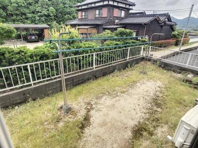 【庭】エステートモアB棟