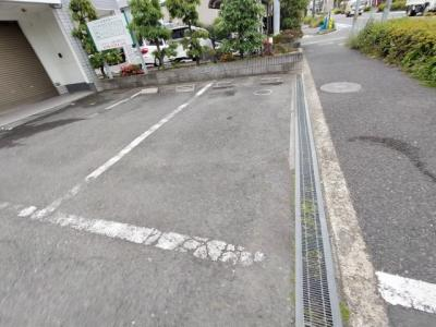 【駐車場】コンフォール若江|若江岩田のファミリー物件3DK☆