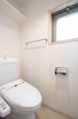 ヴェルト三軒茶屋II トイレ