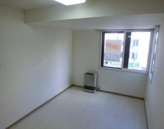【洋室】《高稼働!鉄骨造10.92%》札幌市西区山の手三条1丁目一棟マンション