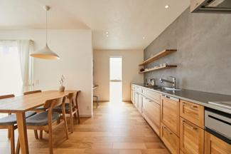 無垢の木のキッチン「su:iji(スイージー)」