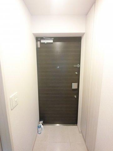 玄関部分 玄関収納も豊富です。