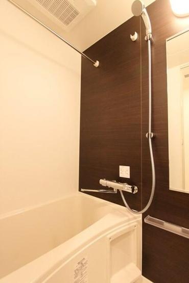 【浴室】ジェノヴィア三軒茶屋グリーンヴェール