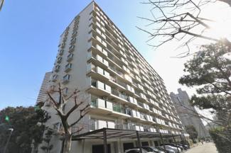 ◎大阪メトロ谷町線/JRおおさか東線の2WAYアクセス可能な好立地です♪ ◎小中学校が近くお子様の通学が安心ですね♪ ◎周辺施設充実で生活至便な環境です♪