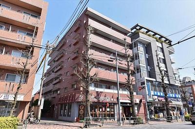 東急世田谷線「世田谷」駅、「松陰神社前」駅徒歩約4分。