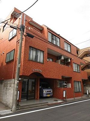 総戸数33戸、鉄筋コンクリート造5階建です。