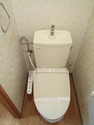 温水洗浄暖房便座※反転タイプです
