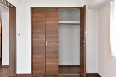 全居室収納付きでお部屋の空間を有効にお使いいただけます