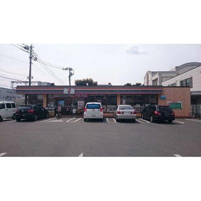 セブンイレブン博多駅…まで180m