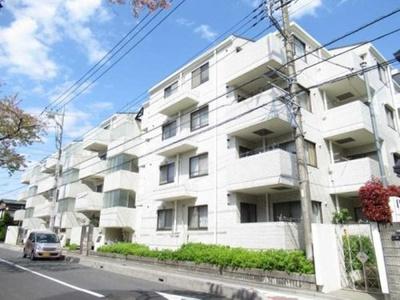 京浜東北線「浦和」駅が徒歩圏内と便利な立地。