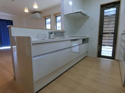 【キッチン】旗ヶ崎6丁目売住宅