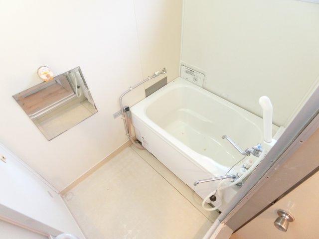 【浴室】シャトー・ド・イワネ15号館