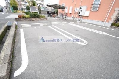 【駐車場】アルドーレトゥレ