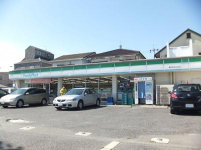 ファミリーマート 津々山台店
