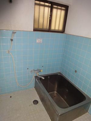 【浴室】中古戸建 大東市寺川5丁目(昭和55年築)
