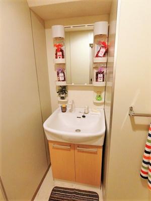 追い焚き機能付きのバスルーム♪ゆったりお風呂に浸かって一日の疲れもすっきりリフレッシュできますね☆※参考写真※