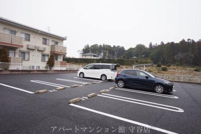 【駐車場】ラ・コリーナE