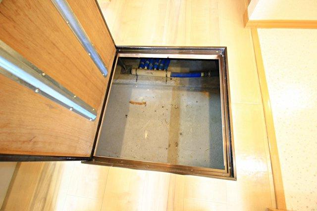 ★キッチン下床下収納★