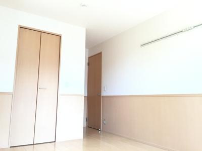 2階洋室(6.8帖)