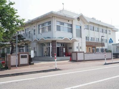 大沢野小学校まで1400m