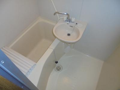 【浴室】ションテ・ファオン・大野木