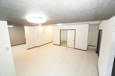 室内(2021年4月9日9:00頃)撮影