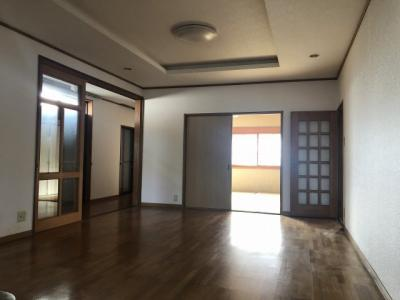 【居間・リビング】小野市高山町中古戸建