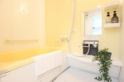 【浴室】ディオ・フェルティ学園都市