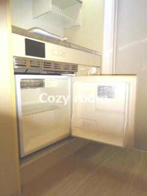 ミニ冷蔵庫付きです(現況と異なる場合は、現況を優先します。)