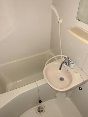 【浴室】リリエンハイムⅢ