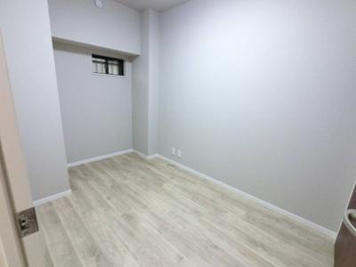 4.2帖の納戸です。 居室・収納部屋など多目的に活用できます。