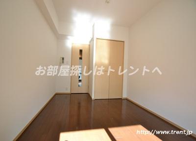【寝室】ベジフル北新宿弐番館