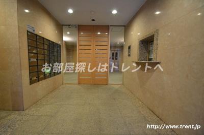 【エントランス】ベジフル北新宿弐番館