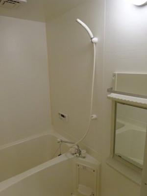 【浴室】ベルジュ A