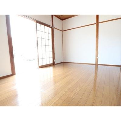 【居間・リビング】小山ハイツ